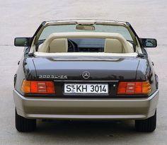 1989 Mercedes-Benz 300SL-24 (R129)