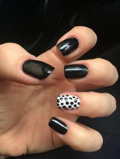 Black and white nails ⚪️⚫️