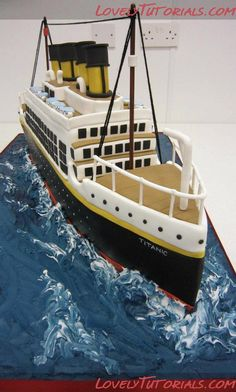 für Geburtstag Schifffahrt + Geldgeschenk... Titanic cake