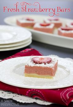 Strawberry Bars made with Fresh Strawberries! #valentinesday #spring #barrecipe