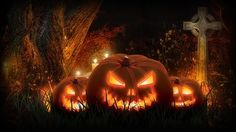 Jack-o'-lanterns in the cemetery Wallpaper
