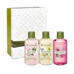 Découvrez le Coffret de Bains Douches Relaxants de Yves Rocher et lisez les avis sur Lucette.com ! Gel Douche Yves Rocher, Body Care, Shampoo, Make Up, Skin Care, Bottle, Beautiful, Products, Cosmetics