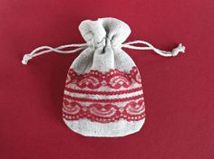 Mini drawstring gift bag Light grey linen jewelry by MadebyInese
