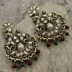 NAAZ EARRINGS  by Indiatrend. Shop Now at WWW.INDIATRENDSHOP.COM