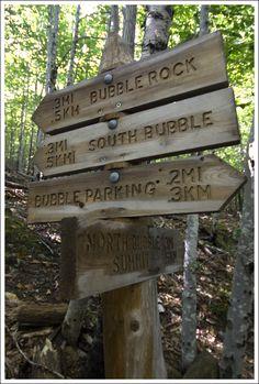 Acessibilidad y originalidad. Carteles informativos en el Parque Nacional de Acadia (United States).