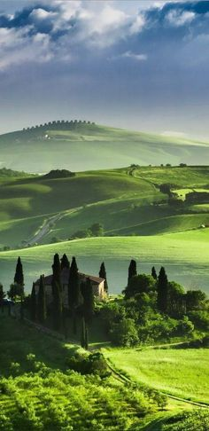 Tuscany landscape with villa in Italy
