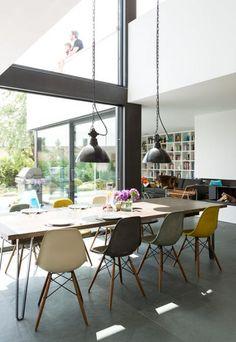 Modernes Flachdachhaus in Holztafelbauweise