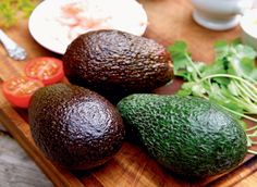 Avocadoer med fyld, når du er på LCHQ.