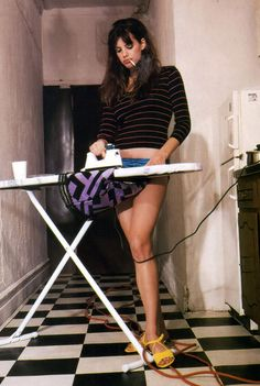 supermodelgif:  Liv Tyler for The Face UK, February 1996