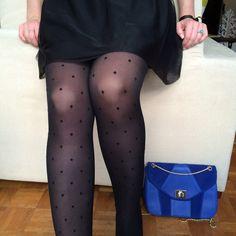 """Collants plumetis """"Bonjour Paris"""" de la marque Walleriana. En vente sur la boutique en ligne : walleriana.com #walleriana #collants #pantyhose #plumetis #gambettes #paris #frenchbrand"""