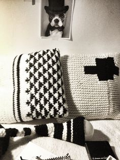 Méchant Design: Mechant Cushion@miling the days ahead with this !@Machiko it up@Pinterest is abstracting.