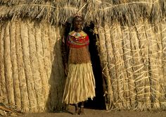 """The El-Molo are the smallest ethnic group in Kenya, numbering about 300 people. They originally settled in the north of Lake Turkana but were forced by the other tribes to move south to the small islands. There are now gathered into two villages, Anderi and Illah, respectively 150 and 70 inhabitants.  The Samburu name for El molo means """"the people who eat fish"""". As a matter of fact, the El-Molo's life is based on fishing, and that is why they suffer greatly of the increasing pollution of…"""