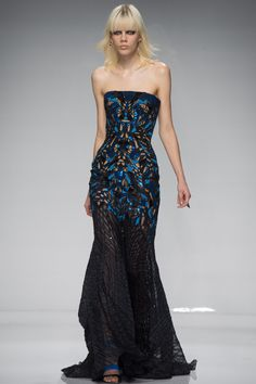 Atelier Versace | Spring 2016 Couture | 26 Black/blue printed strapless maxi dress