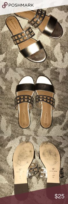 """Like New Corso Como gold metallic sandals 8 So beautiful! I wore these once and am """"spring cleaning"""" my closet. Size 8 with cushy footbeds. Very comfortable and can be casual or dressy depending on how you style them! Nonsmoking home. I love offers. Thanks! Corso Como Shoes Sandals"""