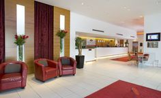 Welcome to the Crowne Plaza London-Docklands!