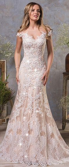 Marvelous Tulle Bateau Neckline Natural Waistline Mermaid Wedding Dress With Lace Appliques