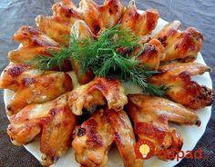 Marináda, ktorá skvele ochutí a krídelká sú vďaka nej krásne šťavnaté a chrumkavé na povrchu. Keď budete nabudúce pripravovať obed alebo večeru z kuracích krídel, vyskúšajte ich podľa tohto receptu.
