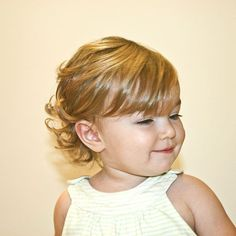 Baby girl curly hair cute 47 new Ideas Toddler Bob Haircut, Baby Haircut, Toddler Haircuts, Baby Bangs, Haircut Bob, Haircut Short, Old Hairstyles, Haircuts For Wavy Hair, Curly Hair Cuts