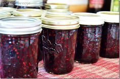 Old Fashioned Blackberry Jam Recipe - the best way to make it, no pectin needed. Old Fashioned Blackberry Jam Recipe - the best way to make it, no pectin needed. Old Fashioned Blackberry Jam Recipe - the best way to make it, no pectin needed. Jalapeno Poppers, Peach Freezer Jam, Blackberry Jam Recipes, Homemade Blackberry Jam, Orange Jam, Homemade Jelly, Jam And Jelly, How To Make Jam, Vegetable Drinks