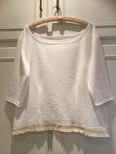 Made today, a top for work. Really just cut this one based on 2 different patterns. The material is really beautiful and so soft. Will wear this one with a skirt or white linen pants. 7 November 2015.