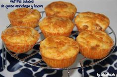 MUFFINS SALADOS DE BACON Y QUESO