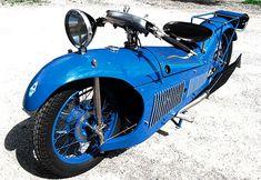 coleccion-motocicletas-curiosas