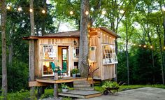 The Fox House: a 100 sq ft treehouse with a beautiful vintage chic interior