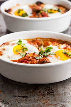 Ratatouille Baked Eggs - low carb - LCHF #banting