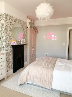 It's official, I have a new favourite room in the house & now it's finished I can safely say it's probably been the most fun… Girl Bedroom Designs, Room Ideas Bedroom, Home Bedroom, Bedroom Decor, Modern Bedroom, Dream Rooms, Dream Bedroom, Big Girl Bedrooms, Girls Bedroom Pink