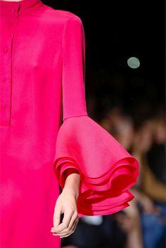 Volantes de capa en la manga - #Gucci
