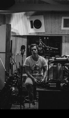 Zayn Malik, Niall Horan, Pretty Boys, Cute Boys, B&w Wallpaper, Louis Tomlinson, Harry Styles Wallpaper, Harry Styles Lockscreen, Love Of My Life