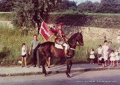 Pregonero en el desfile de carrozas de las fiestas de San Ignacio, 1964 (Colección Archivo municipal) (ref. 00532)