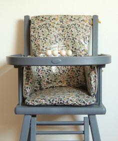 Coussin de chaise haute en Liberty enduit Demeure des Anges Chair, Furniture, Baby, Home Decor, Baby Sewing, Angels, Cement Render, Fall Season, Decoration Home