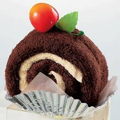 towel cake, chocolate roll