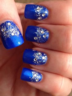 Dallas Cowboys Nail Art - Bling on Bling with Silver Ombré Glitter and Rhinestones Cowboys Blue Nails