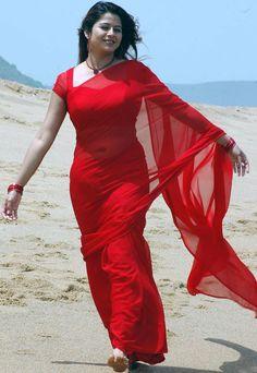 actress in transparent saree, red saree, sangeetha in saree% Beautiful Girl Indian, Most Beautiful Indian Actress, Beautiful Saree, Beautiful Ladies, Beauty Full Girl, Beauty Women, Saree Navel, Indian Photoshoot, Indian Beauty Saree