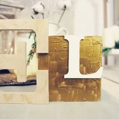 Diy: scritta natalizia decorativa Place Cards, Place Card Holders, Toys, Home Decor, Activity Toys, Decoration Home, Room Decor, Clearance Toys, Gaming