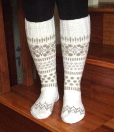 Harmony polvisukat Knitting, Crafts, Manualidades, Tricot, Stricken, Knitwear, Handmade Crafts, Crocheting, Weaving
