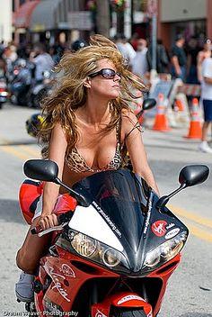 Biker Chicks Dating is the largest biker chicks dating site and most effective biker personal community for single bikers to find motorcycle lovers near you for date or friendship. Audi, Porsche, Lady Biker, Biker Girl, Motard Sexy, Benz, Daytona Beach Bike Week, Biker Dating, Chicks On Bikes