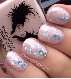 #nails #frenchnails #gelnails #acrylicnails #nailtrends #classynails #purple #morado #unas #nailart #nailfashion #polish #naillacquer #essie #opipolish #solarnails #nails2014 #diynails #naildecor