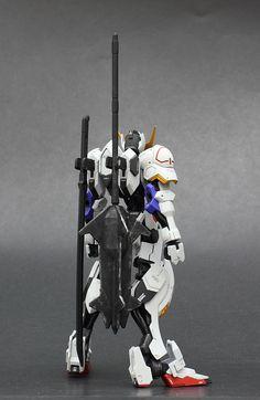 HG 1/144 Gundam Barbatos + 1/48 Gundam Barbatos Scratch Build - Customized Build