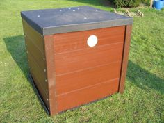 When you are planning to recycle the waste food, then there few things that need to be considered. If you want to limit the pest factor, it is better to make use of a composter, which is completely enclosed with a locking lid.