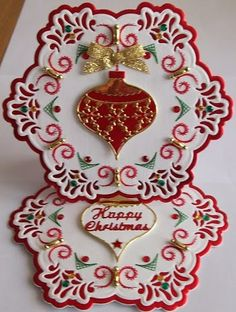 """Pattern by Ann's Paper Art a690 combined with Nellie Snellen Stain Glass die SGD002, Memory Box """"Classic Ornament"""""""