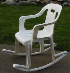 This is the best thing I've seen on here so far. Lmao a ghetto rocking chair. I would have to paint that.