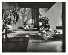 Brody House, Quincy Jones - Photo by Julius Shulman.
