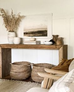 Console Table Styling, Entryway Console Table, Modern Console Tables, Tv Console Decorating, Rustic Hallway Table, Foyer, Home Decor Inspiration, Consoles, Sweet Home
