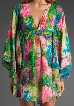 cute swim suit cover up. want it.