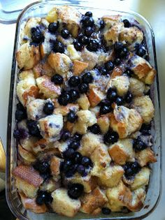 Suzy Social Worker by Day.... Betty Crocker By Night...: Blueberry French Toast Bake