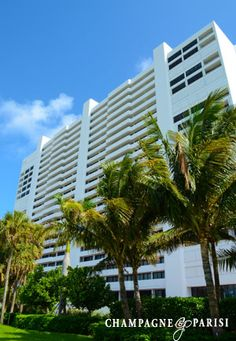 Stratford Arms Condominiums for Sale in Boca Raton, FL. Click to find out more about these beachfront condos.