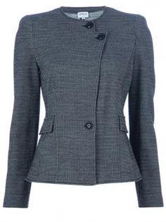Olivia's Armani Collezioni Fitted Blazer #Scandal #OliviaPope #TvFashion #TvStyle